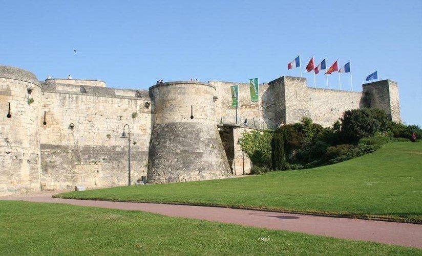 kasteel in normandie bekijken