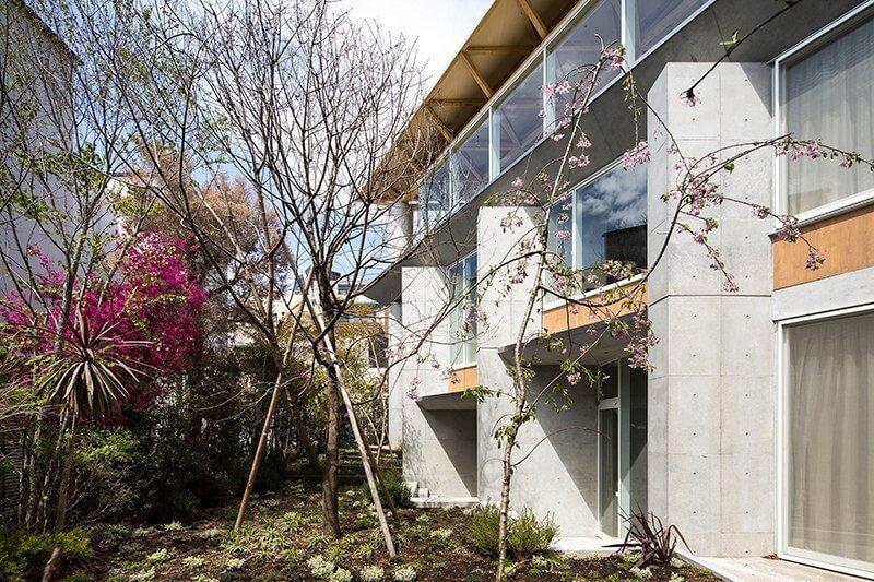 Architectuur-uit-Japan-met-tuin