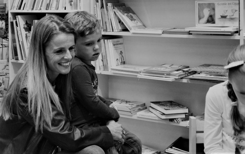 samen boeken kijken